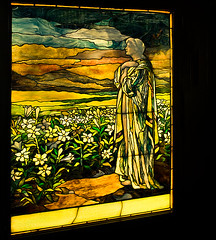 Louis Tiffany (Stained glass window) (Beatrycze.) Tags: windows chicago art gallery december stainedglass artnouveau angels navypier tiffany okna yellowglass glassmosaics louistiffany witraz smithmuseumofstainedglasswindows nikond90 driehaus