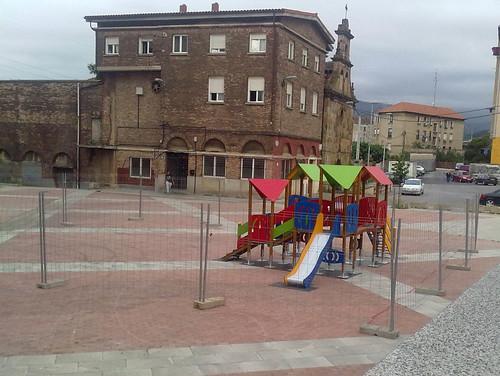 Parque Intantil. Plaza Burtzeña IV.Barakaldo