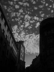 (INQ`FOU) Tags: world new sky white black france beautiful weather ma elegant enjoyment indescribable felicitous  inqfou