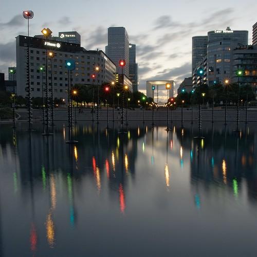 Bassin de Takis, La Défense by alexH3o.