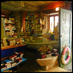 The most beautiful bookshop in the world (Shima Hitotsu) Tags: venice books bookstore bookshop venise venezia acquaalta bookstores neumann libreria librerias carlobenevento