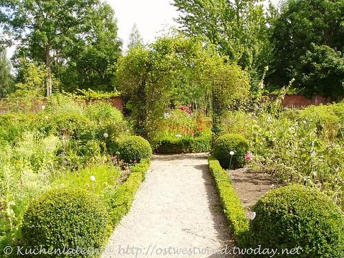 Antik- und Gartencafé Garten