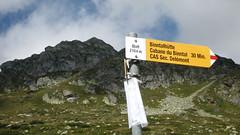 Wegweiser Blatt (VS - 2`104m) im Kanton Wallis , Schweiz (chrchr_75) Tags: italien italy mountains alps landscape schweiz switzerland suisse swiss berge mountaineering alpen christoph svizzera landschaft wallis wandern hochtour valais wanderung suissa 0709 kanton chrigu wanderwege binntal ofenhorn chrchr hurni chrchr75 chriguhurni