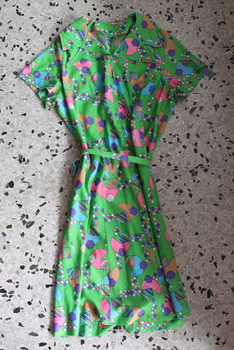 green bubbly vintage dress $10