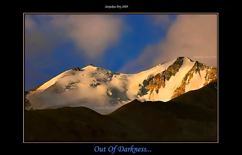 First Light On The Peak, Pangong Tso, Ladakh, Jammu & Kashmir, India - 23.08.09