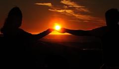 Dame tu mano... (EstebanMR .... I have no real intent ..... Save me) Tags: sunset sea sky cloud love water silhouette atardecer mar hands agua waves wind amor viento manos romance burning cielo nubes silueta olas romantica quemado soakingupthesun tomaelsol