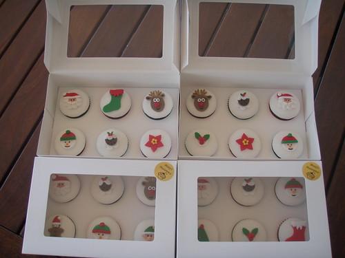 Masterpiece do Mossy - bolos de frutas de Natal em caixas para presente