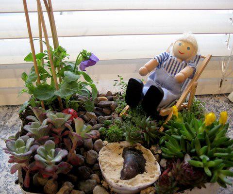 Miniature garden ideas for children for Making a small garden