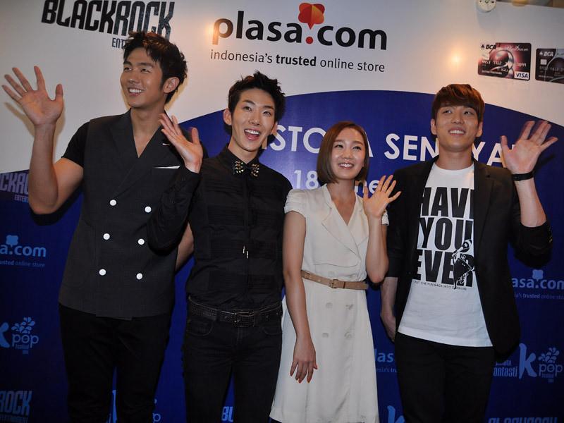 2AM, dan Joo di Jumpa Pers Jakarta Fantastikpop Festival 2011