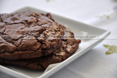 Cookies duplos de chocolate