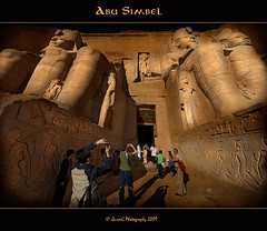 0180 Abu Simbel (QuimG) Tags: people art architecture temple golden arquitectura ancient ruins gente egypt favorites olympus textures ruinas egyptian egipto aswan archeology gent zuiko templo egipte egyptology abusimbel granangular e510 ancientegyptian runes mywinners abigfave specialtouch imageplus citrit theunforgettablepictures diamondstars quimg betterthangood ancientsconstructions multimegashot ancientscivilizations photoshopcreativo thelightpainterssociety tumiqualityphotography quimgranell joaquimgranell mundosmagnficos artisticandhighqualityshots jotbesgroup