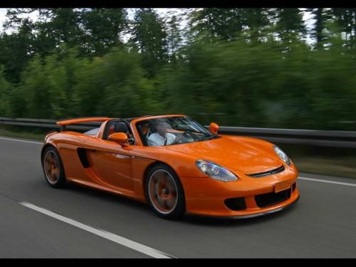 2007-techart-porsche-carrera-gt-top-view-588x441 by Original Car.