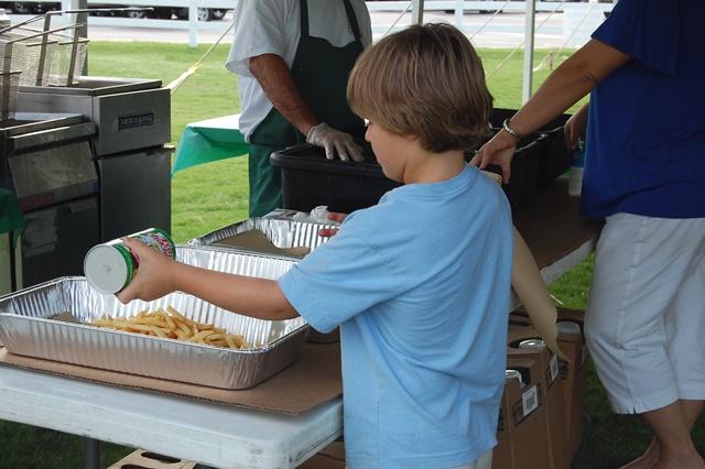 Seasoning the fries