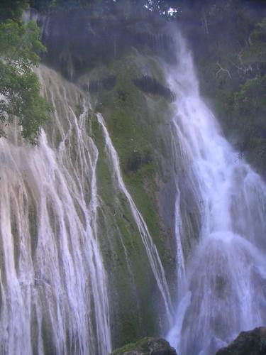 Mele-Maat Cascades