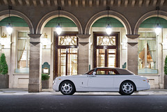 La classe ! ([ JR ]) Tags: white paris night hotel long exposure dubai time air palace arab inside rolls phantom weiss bel blanc coupe royce luxe rivoli qatar meurice drophead mansory fialeix