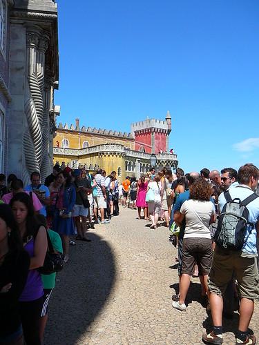 La cola para entrar al Palacio da Pena… haced vosotros el chiste fácil.