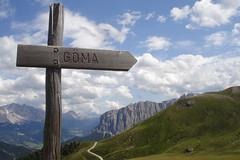 Iatz gma! (bivez) Tags: mountains nature hiking berge wandern dolomites sdtirol altoadige southtyrol dolomiten peitlerkofel almen gadertal sasdeptia sassodelleputia gmajoch