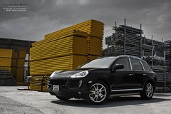 Porsche Cayenne S (Talal Al-Mtn) Tags: sea sky black cars car yellow canon photography eos rebel automobile break shot d engine gear s automotive cayenne turbo porsche automatic kuwait 2009 v8 tiree talal v6 xsi q8 porscha turbos cayennes kwt cayenneturbo 450d canon450d porschecayennes inkuwait cayennegts talalalmtn  bytalalalmtn