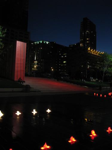 Place des Festivals exterieur nuit
