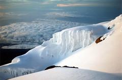 Kilimanjaro climbing ~ Day 4 : Uhuru Peak 5895m (twiga269  FEMEN #JeSuisCharlie) Tags: africa park mountain kilimanjaro point tanzania gate peak mount mountaineering wilderness uhuru montaa mont parc nacional kili marangu afrique kibo tanzanie kilimandjaro 5895 5895m gillmans alpinismes montanismo kilimanjaronationalpark thesnowsofkilimanjaro lesneigesdukilimandjaro twiga269 kilimayanjaro mountainsociety