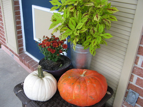 Fall Decor Outdoor detail