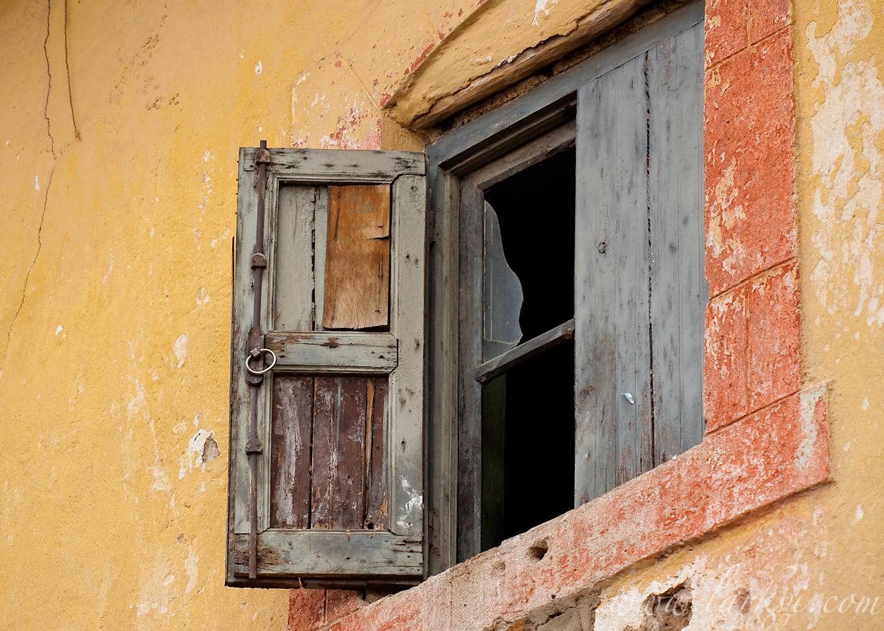 Window, Harar, Ethiopia, 2009