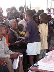 Ceremony awards - Kawaza School (Lise@) Tags: rps southluangwavalley kawaza