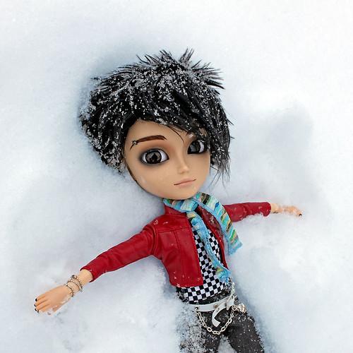 Bill, Snow Angel por RequiemArt.com.