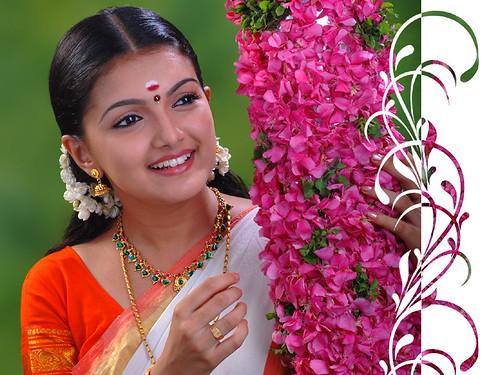 Tamil Actress Saranya pic