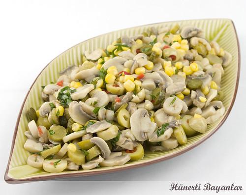 Salatalık mantar ile salata nasıl yapılır