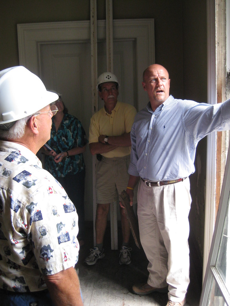 Hunter Huss explains 1870s window construction at the Woodrow Wilson Family Home Rehabilitation Workshop in July 2009