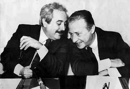 Giovanni Falcone e Paolo Borsellino 17 anni dopo