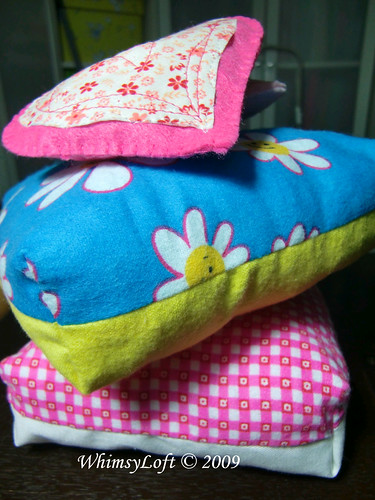 Pillow pincushion3