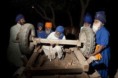 Pit Stop (gurbir singh brar) Tags: camp men wheels sikhs punjab pitstop horsecart repairs singh nagra brar sangrur gurbir nihangs gurbirsinghbrar magharsingh