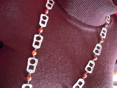 Pop tab necklace (by Orquidea)