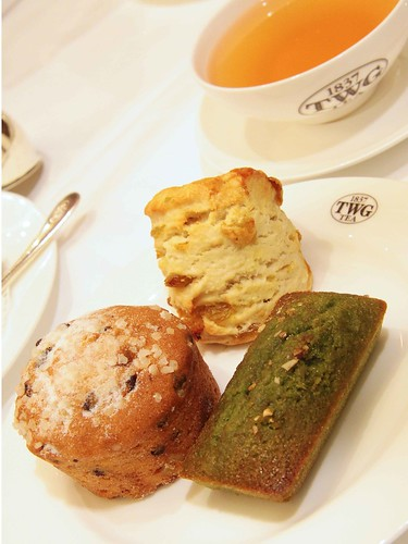 Enjoying Muffin, Financier and Scone with Bain de Rose Tea