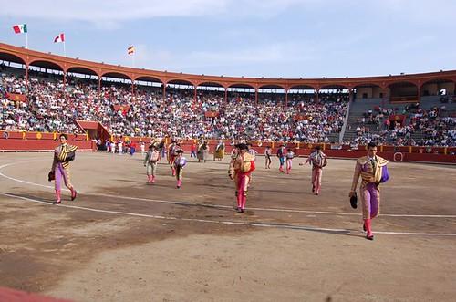 Paseíllo en novillada de Acho, Lima