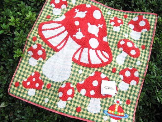 Mushroom print Hand Towel from Vivienne Westwood