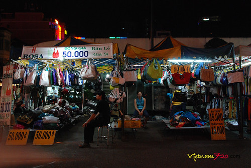 Ben Thanh Night Market 030