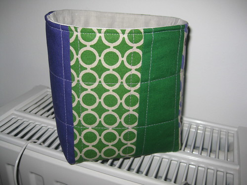 basket green violet back