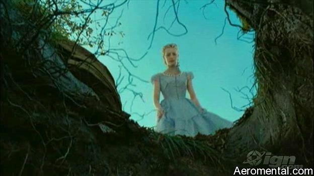 Trailer Alicia en el País de las Maravillas hoyo