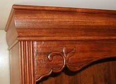 White Cabinet Crown