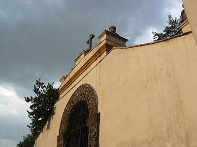 église coyoacan porche.jpg