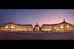 Place de la bourse. 1 (Adrien Meynard) Tags: panorama france night lights place bordeaux manual bourse nuit blending sigma1020 450d canoneos450d bordeauxcub