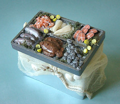 Fish Stall - Final Version #2 (PetitPlat - Stephanie Kilgast) Tags: miniatures handmade salmon polymerclay fimo clay oysters minifood fishes 112 dollhouse poissons plaice dollshouse huitres saumon lachs miniaturefood carrelet puppenhaus miniaturen oneinchscale dollhousefood dollhouseminiature petitplat minifish miniaturefish