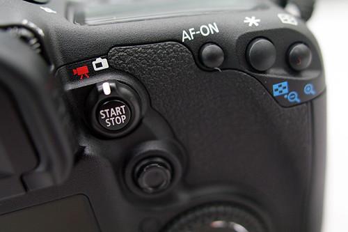 Canon-7D-03 rightside upper
