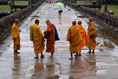 (pldys) Tags: people nature rain weather architecture temple cambodia natuur angkorwat monks siemreap weer machinetag dopplr:explore=a081