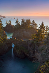 Oregon Coast (Jesse Estes) Tags: sunset rock oregon coast arch jesseestes 5dii