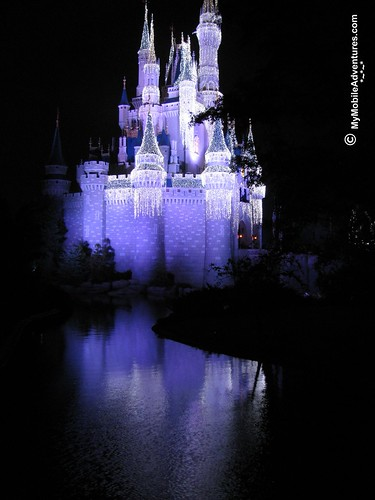 IMG_2634-WDW-MK-castle-ice-reflection
