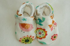 *Newborn*  Euro Birds Booties